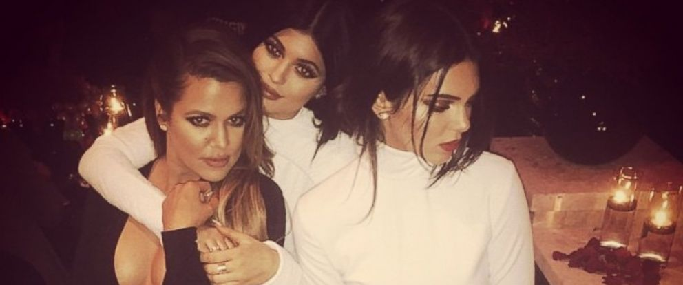 PHOTO: Khloe Kardashian, left, poses with her sisters Kylie, center, and Kendall Jenner in a photo she posted on Instagram, Dec. 24, 2014.