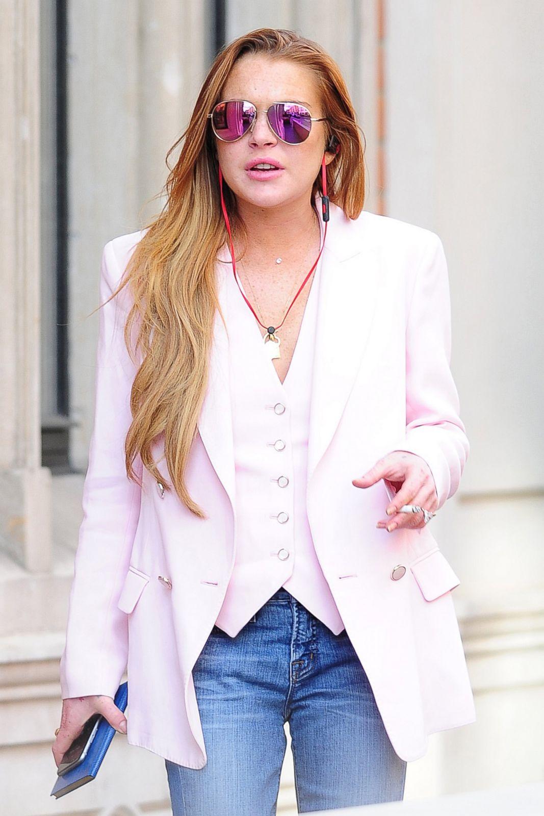 cb16ff6142e4 Life and Times of Lindsay Lohan Photos - ABC News