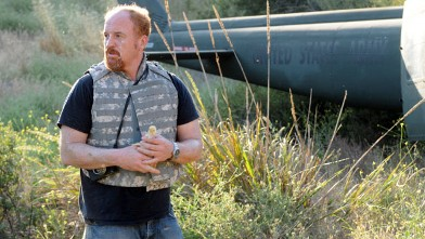 PHOTO: Louis C.K. is seen in a scene from his show 'Louie' on FX.