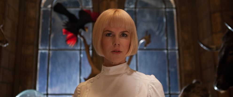 PHOTO: Nicole Kidman plays the villain Millicent in Paddington Bear.