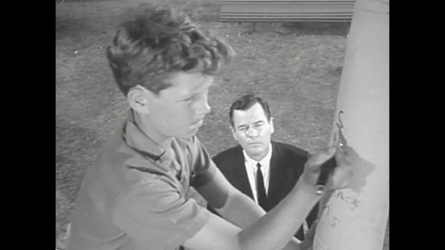 """PHOTO: Gig Young in """"Walking Distance"""" episode of """"Twilight Zone""""."""