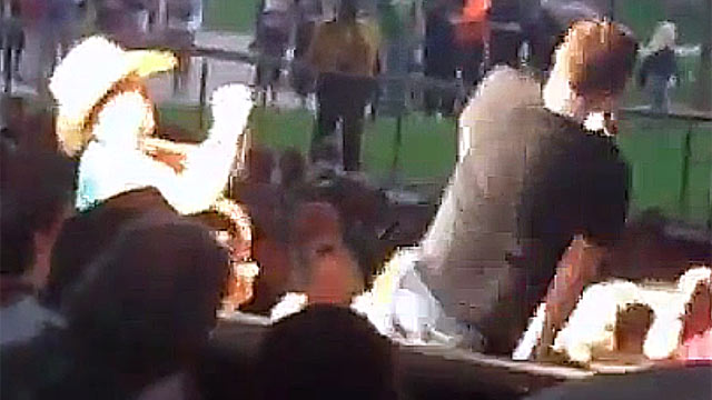 PHOTO: American Idol champ Scotty McCreery took a tumble off the stage during a recent concert.