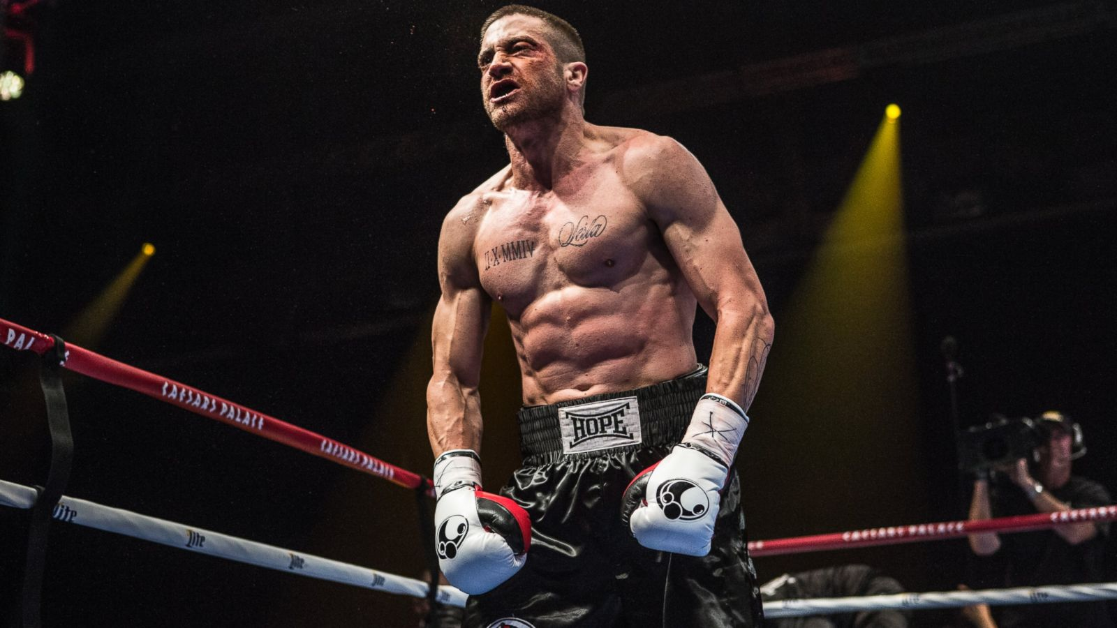 Jake Gyllenhaal Did 1,000 Situps, 100 Pullups a Day for 'Southpaw