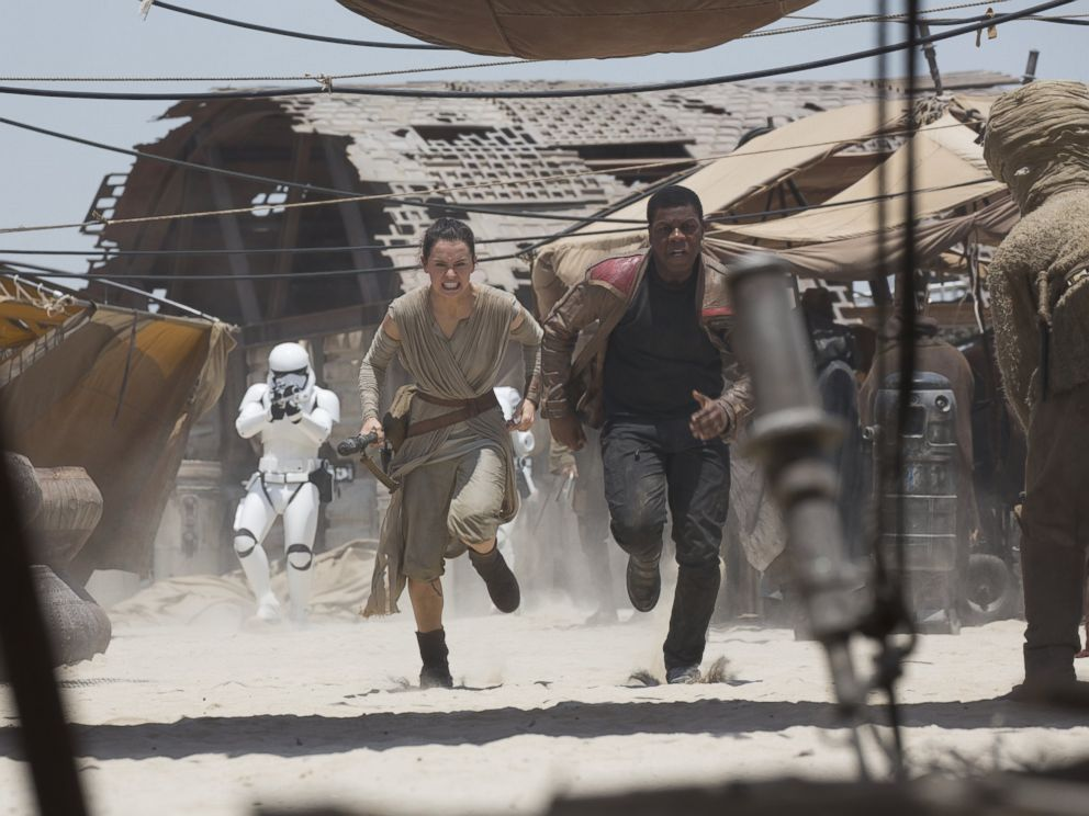 PHOTO: Daisy Ridley and John Boyega star in Star Wars: The Force Awakens.