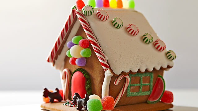 PHOTO: Williams Sonoma's build-your-own gingerbread house is here.
