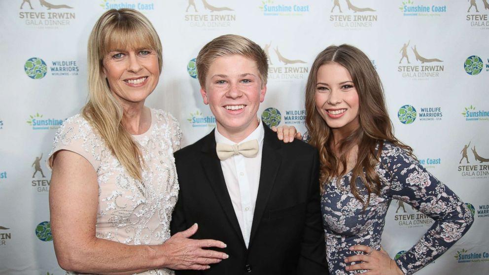 Terri Irwin, Robert Irwin and Bindi Irwin attend the Steve Irwin Gala Dinner at the SLS Hotel at Beverly Hills, May 13, 2017, in Los Angeles.