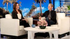 "PHOTO: Jennifer Garner speaks with Ellen Degeneres during a taping of ""The Ellen DeGeneres Show."""