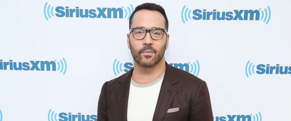 PHOTO: Jeremy Piven visits at SiriusXM Studios, Oct. 30, 2017 in New York City.