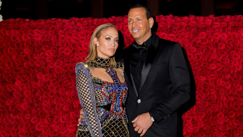 J Lo Gets Engaged To A Rod As He Pops The Question With