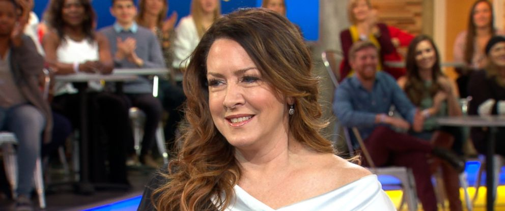 """PHOTO: Actress Joely Fisher opens up about her intimate new book, """"Growing Up Fisher,"""" on """"Good Morning America, Nov. 14, 2017."""""""