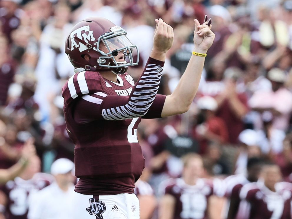 PHOTO: Johnny Manziel #2 of the Texas A&M Aggies celebrates a third quarter touchdown during the game against the Rice Owls at Kyle Field in this Aug. 31, 2013 file photo in College Station, Texas.