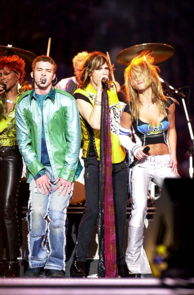 PHOTO: Mary J. Blige, Justin Timberlake, Britney Spears and Steven Tyler of Aerosmith perform at MTVs Superbowl halftime show at Raymond James Stadium in Tampa, Fla., Jan. 28, 2001.