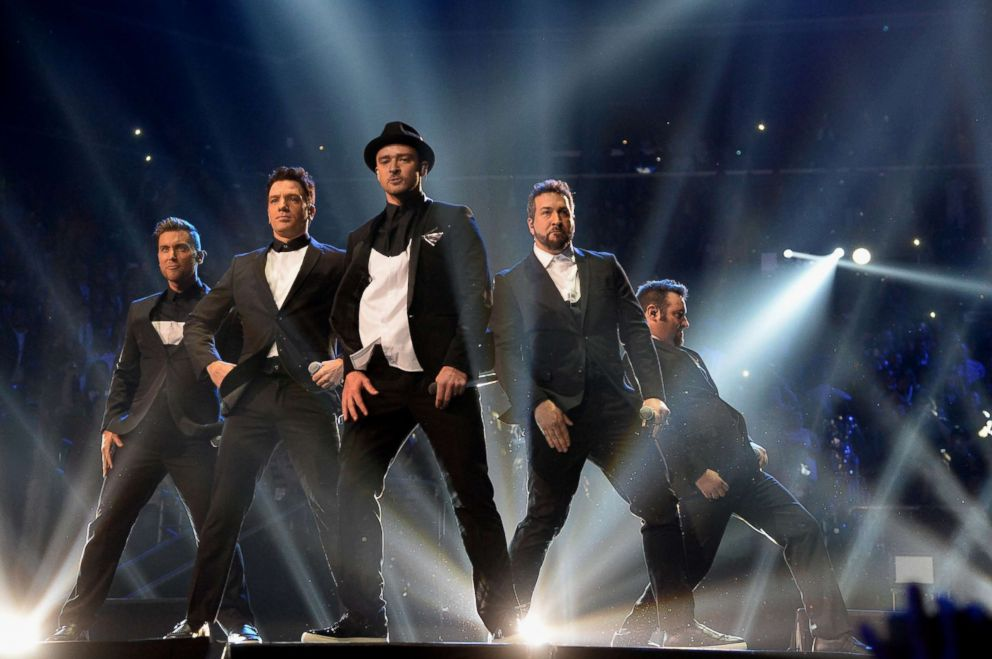 PHOTO: (L-R) Lance Bass, JC Chasez, Justin Timberlake, Joey Fatone and Chris Kirkpatrick of N Sync perform during the 2013 MTV Video Music Awards at the Barclays Center, Aug. 25, 2013 in the Brooklyn borough of New York City.