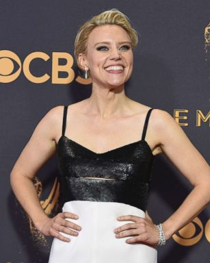Kate McKinnon in works to star as Elizabeth Holmes in 'The Dropout