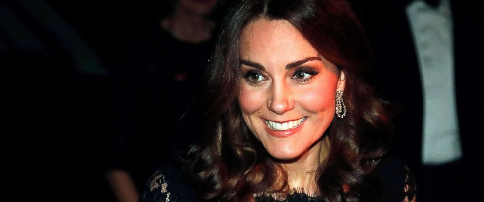PHOTO: Kate Middleton arrives at the 2017 Gala Dinner for The Anna Freud National Centre for Children and Families (AFNCCF) at Kensington Palace in London, Nov. 7, 2017.