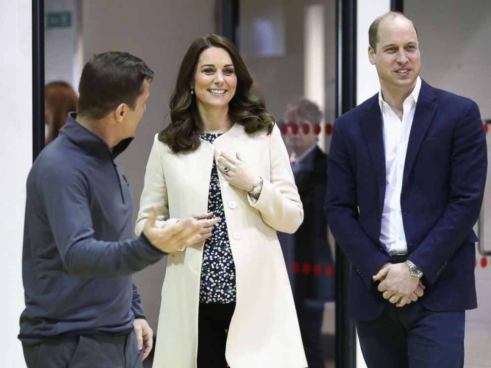 PHOTO: Catherine, Duchess of Cambridge and Prince William, Duke of Cambridge meet wheelchair basketball players, March 22, 2018, in London.