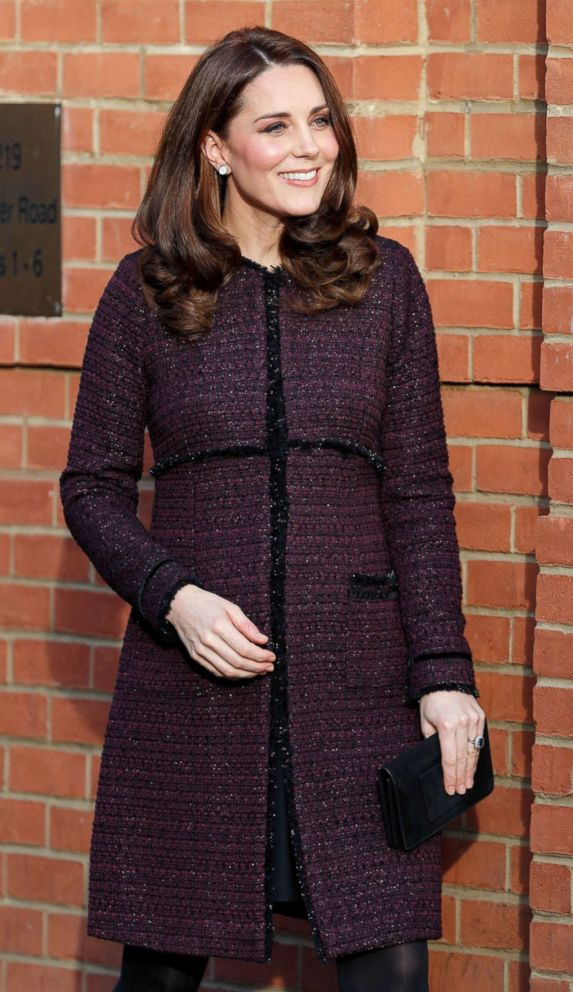 PHOTO: Catherine, Duchess of Cambridge attends the Magic Mums community Christmas party held at Rugby Portobello Trust, Dec. 12, 2017 in London.