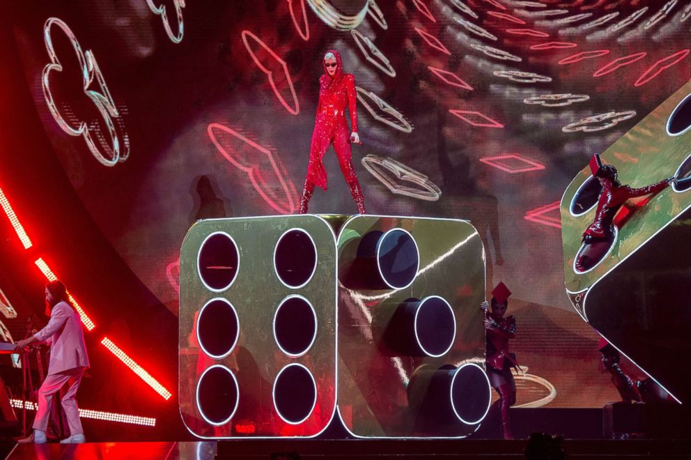 PHOTO: Katy Perry performs at Amalie Arena in this Dec. 15, 2017 file photo in Tampa, Fla.