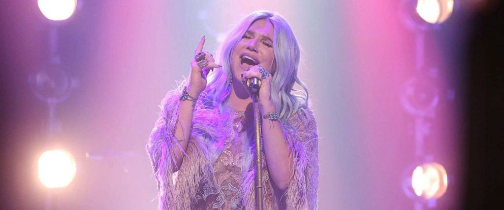 "PHOTO: Kesha performs on ""The Tonight Show Starring Jimmy Fallon,"" Aug. 10, 2017."