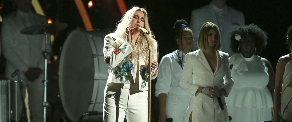 """PHOTO: Kesha performs """"Praying"""" at the 60th annual Grammy Awards at Madison Square Garden, Jan. 28, 2018, in New York."""