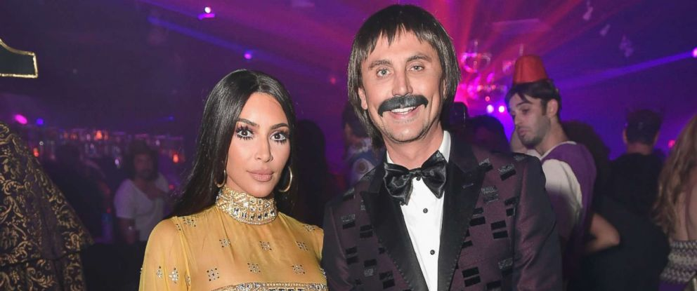 photo kim kardashian west and jonathan cheban attend casamigos halloween party as sonny and cher