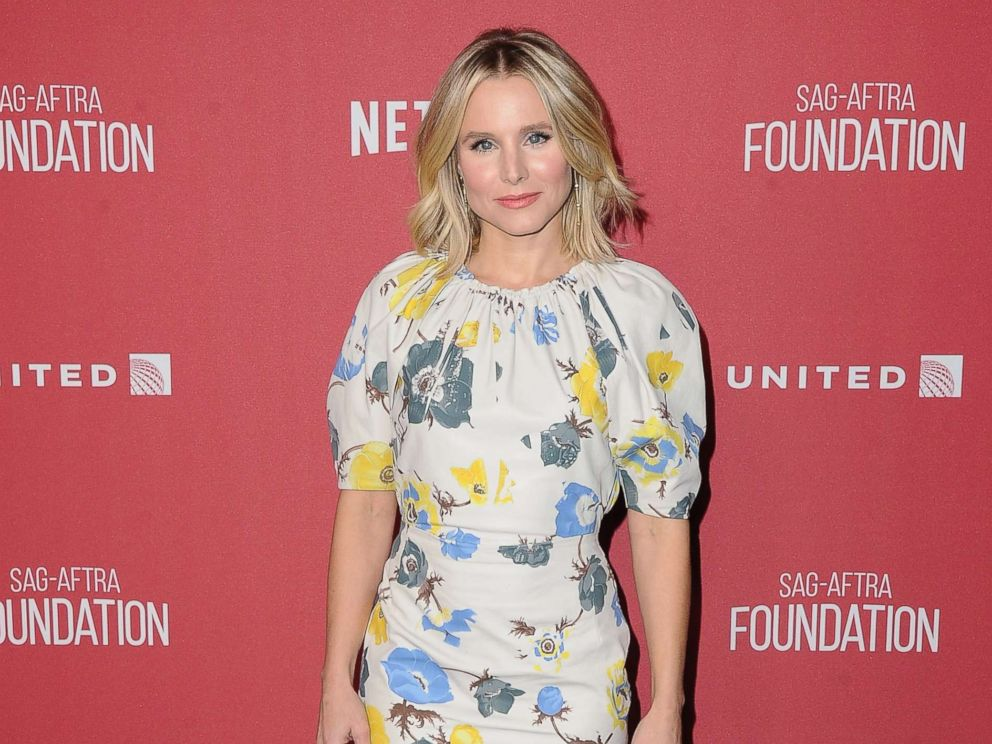 PHOTO: Actress Kristen Bell arrives at SAG-AFTRA Foundation Patron of the Artists Awards 2017, Nov. 9, 2017, in Beverly Hills, Calif.