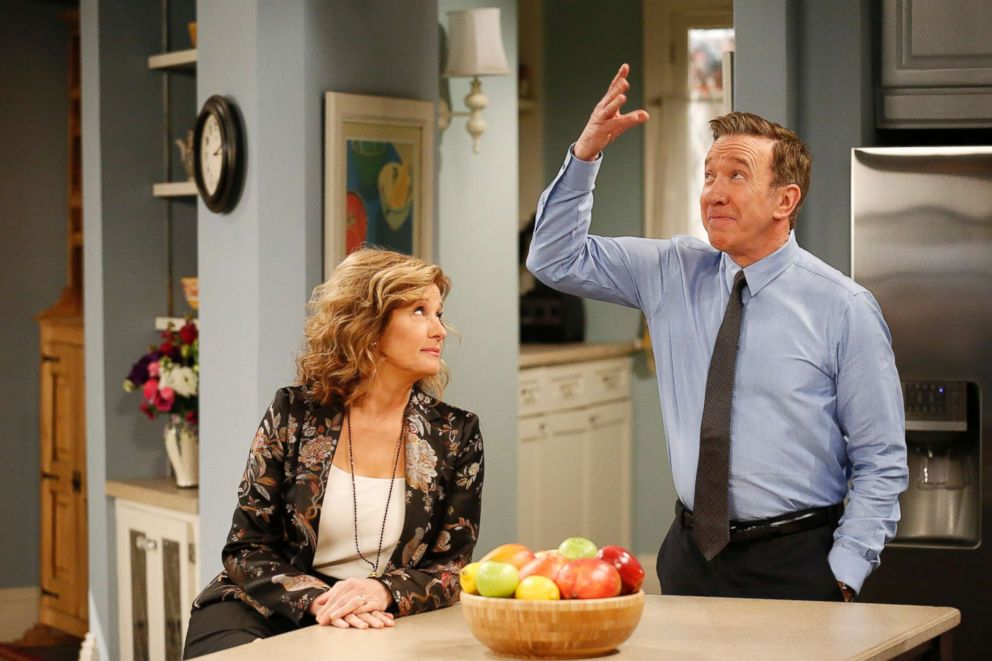 PHOTO: Nancy Travis and Tim Allen star in the Feb. 24, 2018 episode of Last Man Standing.