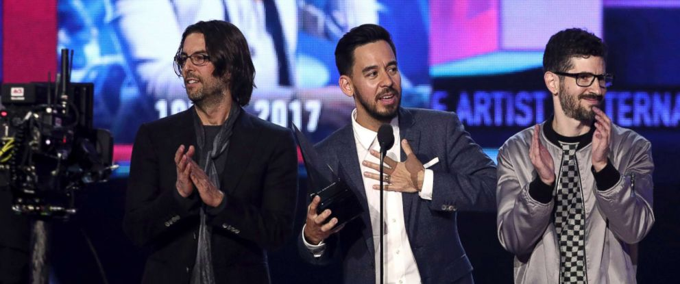 PHOTO: Rob Bourdon, Mike Shinoda, and Brad Delson of Linkin Park accept the award for favorite artist alternative rock at the American Music Awards at the Microsoft Theater on Sunday, Nov. 19, 2017, in Los Angeles.