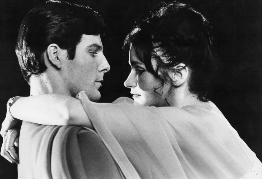 PHOTO: Actors Christopher Reeve and Margot Kidder in a scene from the movie Superman, 1978.