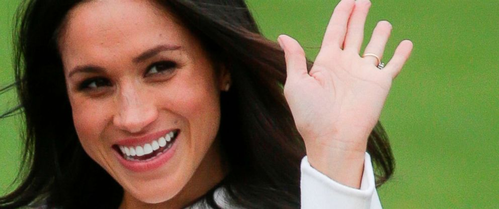 PHOTO: Britains Prince Harrys fiancee Meghan Markle poses for a photograph in the Sunken Garden at Kensington Palace in west London on Nov. 27, 2017.