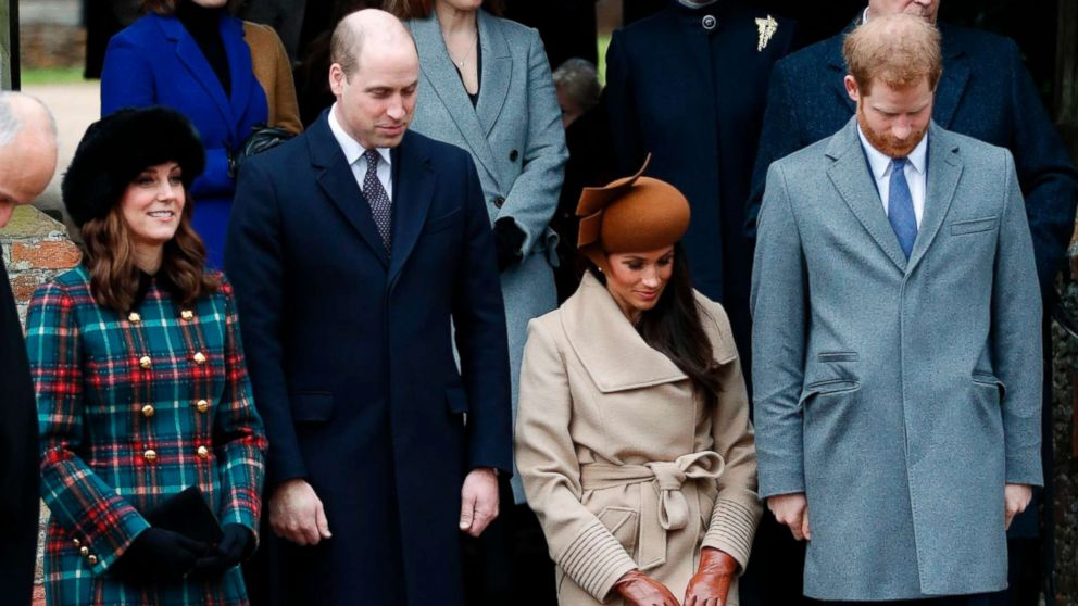 U.S. actress and fiancee of Britain's Prince Harry Meghan Markle (2R) and Britain's Catherine, Duchess of Cambridge, (L) curtsy, while Prince William, Duke of Cambridge  and Prince Harry bow as they see off Britain's Queen Elizabeth II leaving after the Royal Family's traditional Christmas Day church service at St Mary Magdalene Church in Sandringham, Norfolk, eastern England, Dec. 25, 2017.