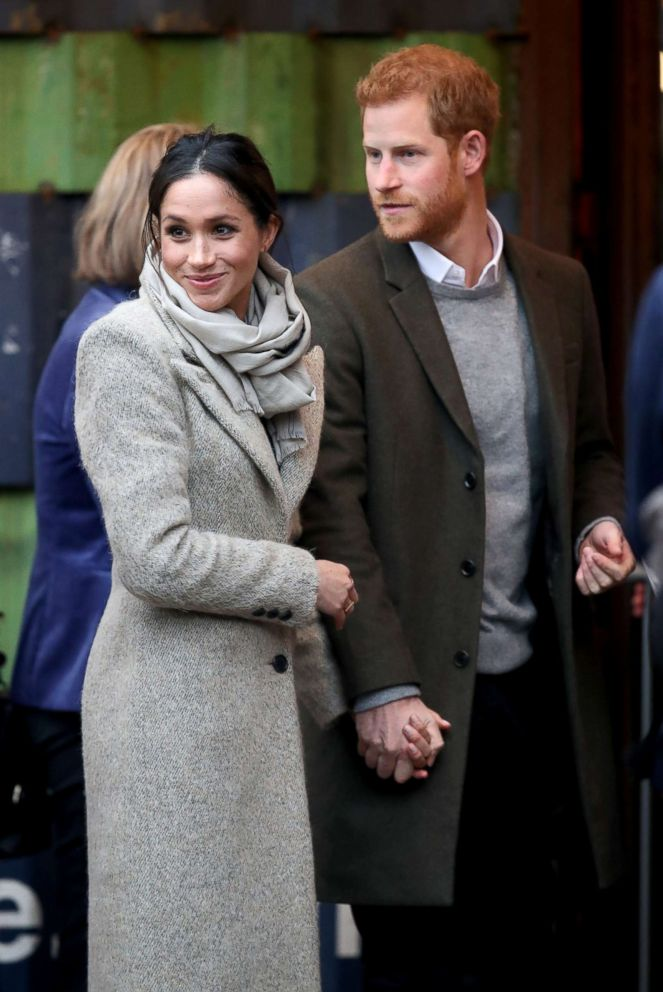 PHOTO: Prince Harry (R) and his fiancee Meghan Markle visit Reprezent 107.3FM, Jan. 9, 2018 in London.