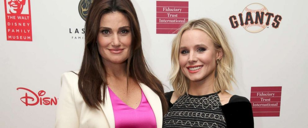 PHOTO: Idina Menzel and Kristen Bell pose on the red carpet during The Walt Disney Family Museums 3rd Annual Fundraising Gala, Nov. 7, 2017, in San Francisco.