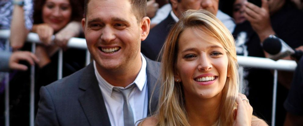 PHOTO: Michael Buble and Argentine actress Luisana Lopilato are pictured in Buenos Aires, Argentina, March 31, 2011.