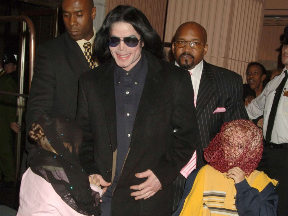 PHOTO: Singer Michael Jackson walks with his children, Prince and Paris, as they visit Harrods, Oct. 12, 2005 in London.