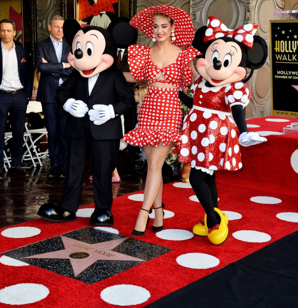 Minnie mouse honored with hollywood walk of fame star abc news - Minni et mickey ...