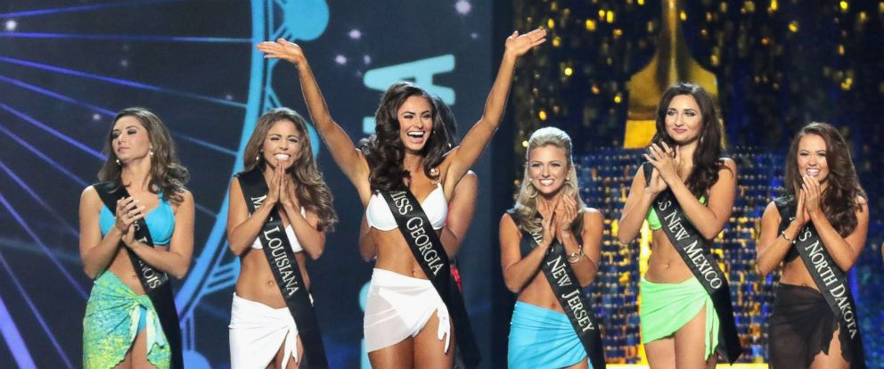 PHOTO: Miss Georgia 2017, Alyssa Beasley participates in the swimsuit challenge during Miss America 2018 at Boardwalk Hall Arena, Sept. 7, 2017, in Atlantic City, N.J.