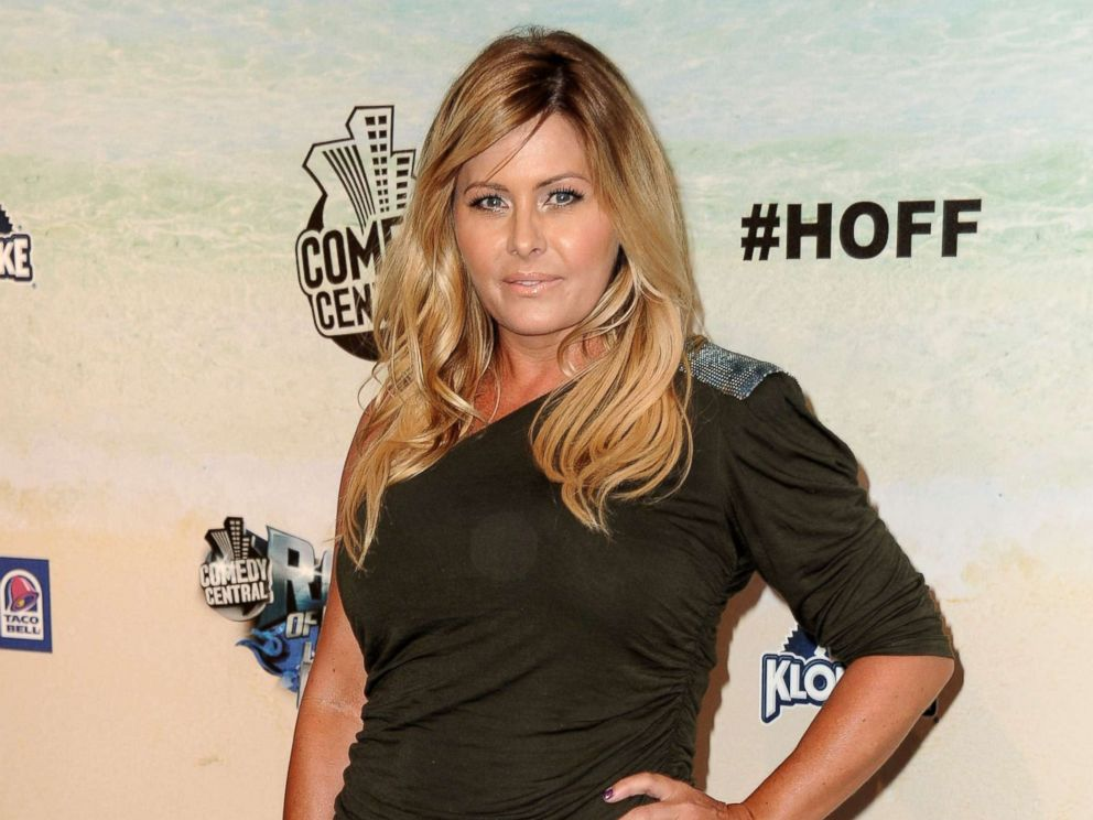 PHOTO: Nicole Eggert arrives at the Comedy Central Roast of David Hasselhoff at Sony Pictures Studios, Aug. 1, 2010, in Culver City, California.