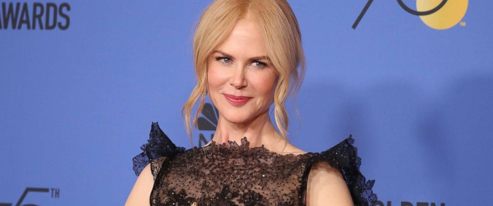 """PHOTO: Nicole Kidman poses with her award for Best Performance by an Actress in a Limited Series or Motion Picture Made for Television for her role in """"Big Little Lies,"""" Jan. 7, 2017, in Beverly Hills, Calif."""