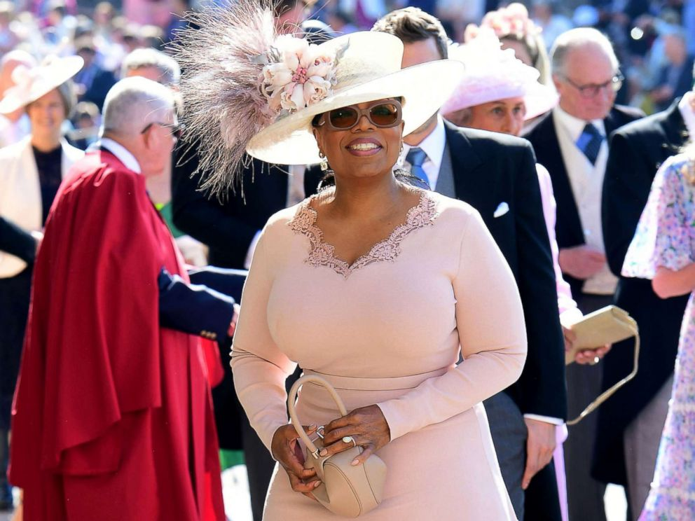 https://s.abcnews.com/images/Entertainment/oprah-winfrey-royal-wedding-gty-jef-180519_hpMain_4x3_992.jpg