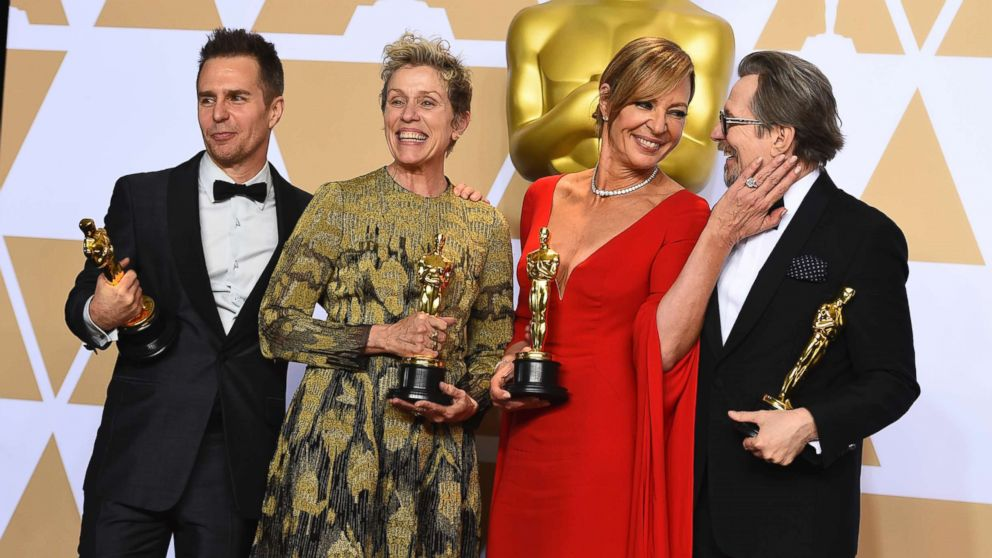 https://s.abcnews.com/images/Entertainment/oscar-winners-hug-ap-thg-180304_16x9_992.jpg