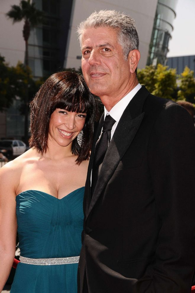 PHOTO: Ottavia Busia and Anthony Bourdain attend the 2009 Creative Arts Emmy Awards at Nokia Theatre LA Live, Sept. 12, 2009, in Los Angeles.