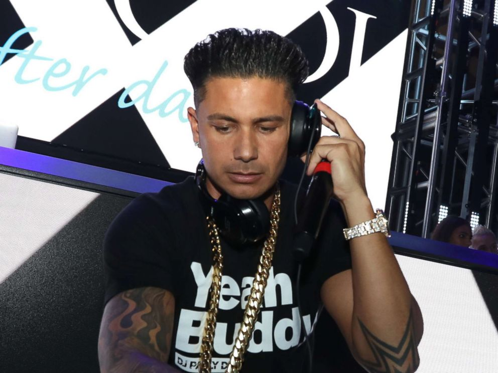 Jersey shore star dj pauly d shares his ultimate spring break photo dj pauly d performs at the pool after dark at harrahs resort aug winobraniefo Images