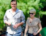 PHOTO: Jason Segel and Michelle Williams take her daughter Matilda Ledger to the Bronx Zoo for a day of adventure, in New York, August 31, 2012.