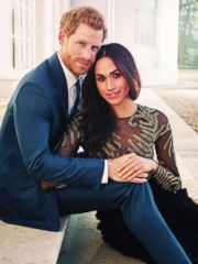 'PHOTO: Britain's Prince Harry and Meghan Markle pose for one of two official engagement photos,1_b@b_1Frogmore House, in Windsor, England, in this photo released by Kensington Palace, Dec. 21, 2017.' from the web at 'https://s.abcnews.com/images/Entertainment/prince-harry-meghan-markle-engagement-photo2-ap-mem-171221_3x4_240.jpg'