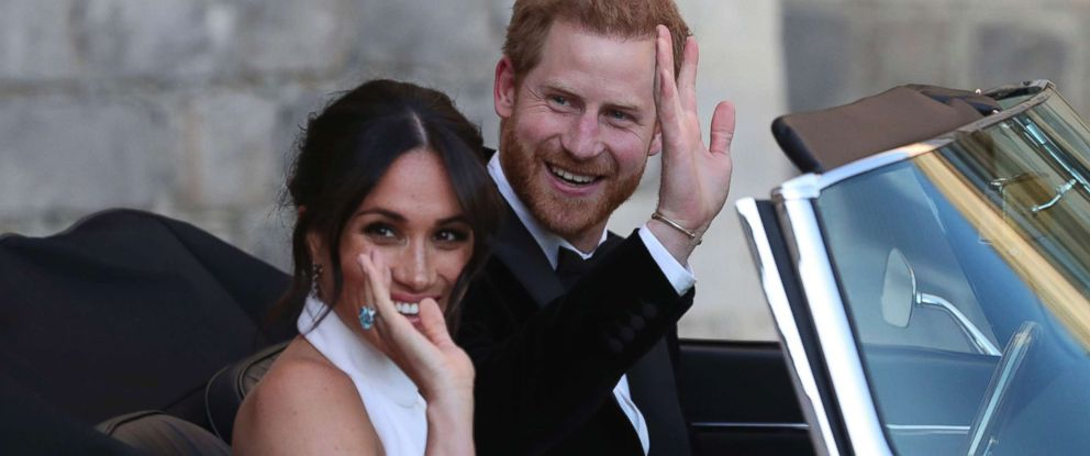 Royal Wedding Harry And Meghan.Prince Harry Meghan Markle Jet Off In Jaguar For 2nd Wedding
