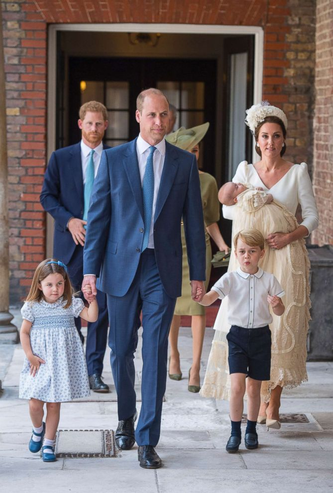 PHOTO: Princess Charlotte and Prince George hold the hands of their father Prince William while Kate, Duchess of Cambridge holds Prince Louis as they arrive for his christening service at the Chapel Royal, St Jamess Palace, London, July 9, 2018.