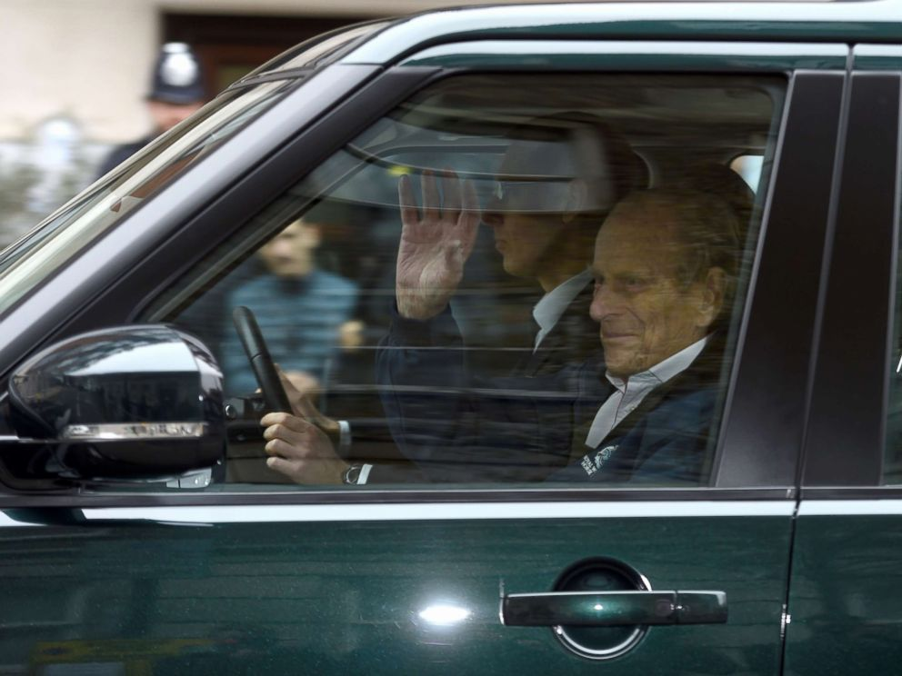 PHOTO: Prince Philip waves as he is driven away from King Edward VIIs Hospital in central London, April 13, 2018.