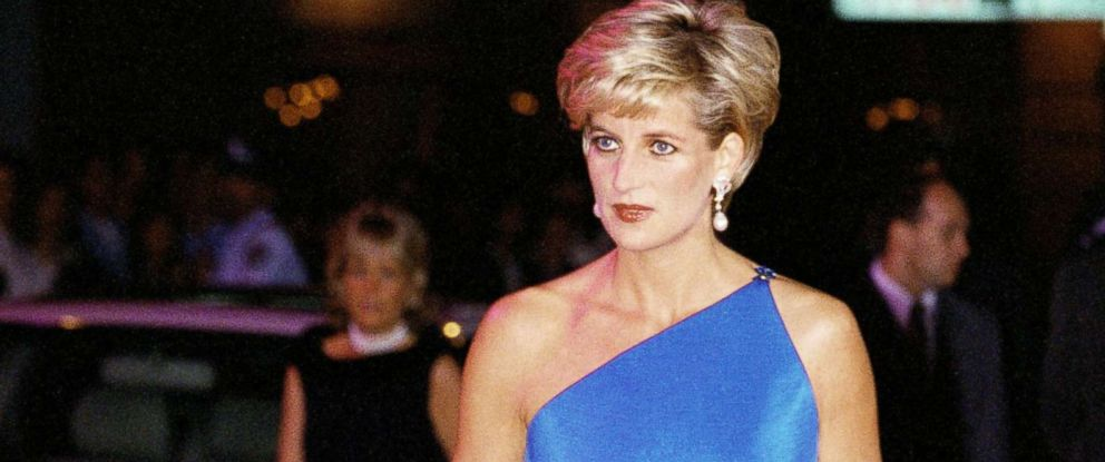 PHOTO: Diana, Princess of Wales, at the Victor Chang Cardiac Research Institute dinner dance at the Sydney Entertainment Centre, Oct. 3, 1996.