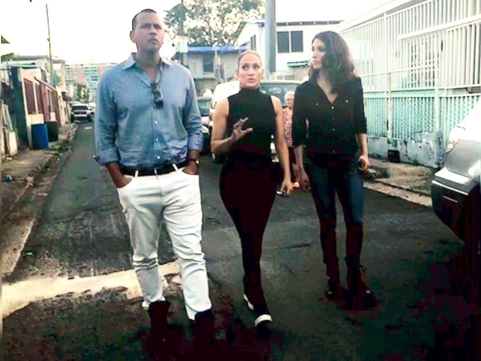 PHOTO: Jennifer Lopez and Alex Rodriguez tour Puerto Rico with Lopezs sister, ABC News correspondent Lynda Lopez.